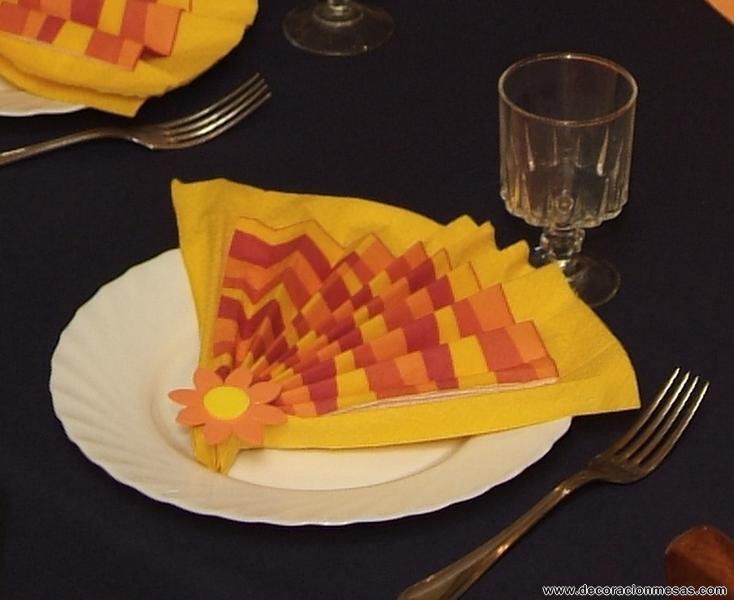 Pin decoracion de mesas mesa comunion con golosinas on - Adornos con golosinas ...