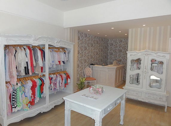 Locales de ropa para bebés