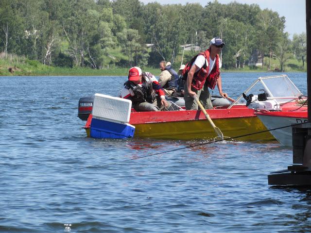ловля спиннингом с лодки начинающим