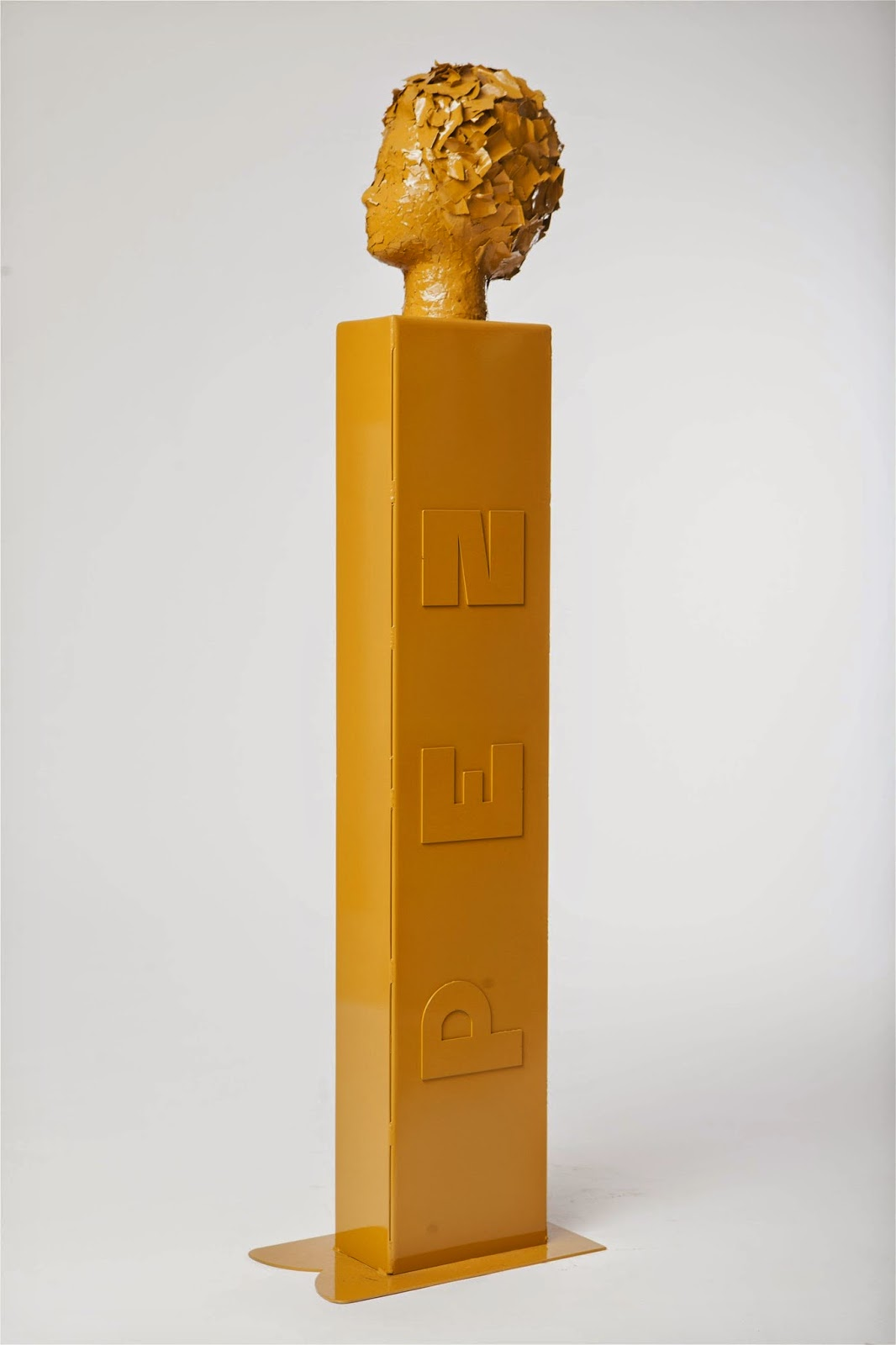 """""""פסלים"""" - תערוכה חדשה של ג'קי ונונו"""