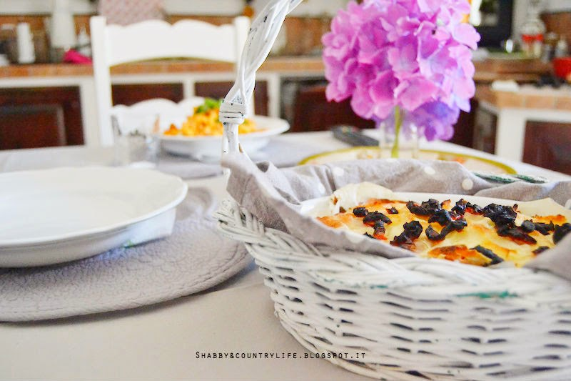 Ah quella golosa crosticina in cima! Lasagnetta vegetariana di pane Carasau !!! - shabby&countrylife.blogspot.it