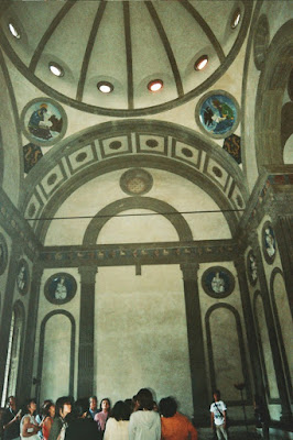 Capilla Pazzi de Filippo Bruneleschi - Florencia - Italia