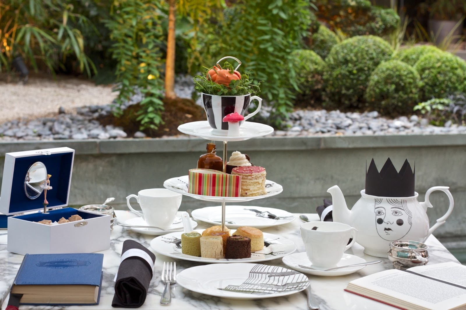 Mad Hatters tea at The Sanderson | Fashion Daydreams: UK ...