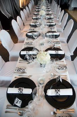 Hochzeit in schwarz-weiß mit Ornament-Stoff, do it yourself - Wedding black and white on a budget