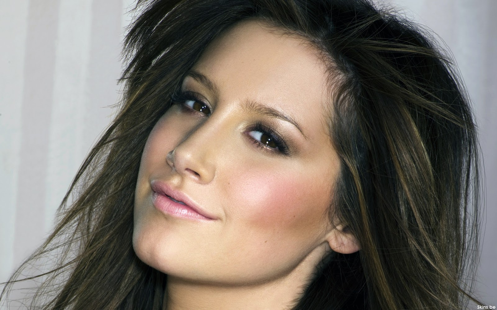 Ashley Tisdale hot and sexy images and wallpapers