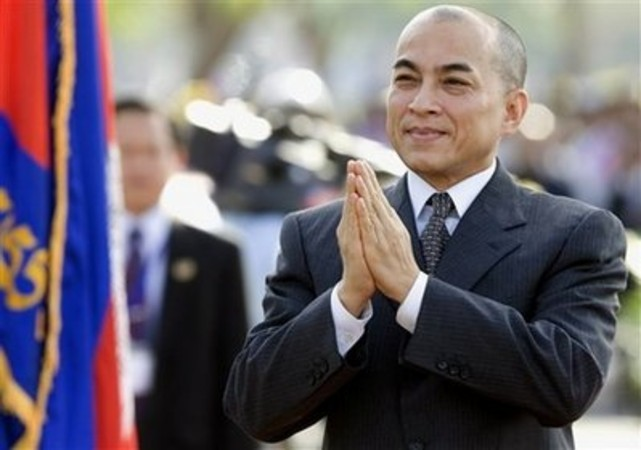 http://kimedia.blogspot.com/2014/08/cambodian-king-flies-to-beijing-for.html