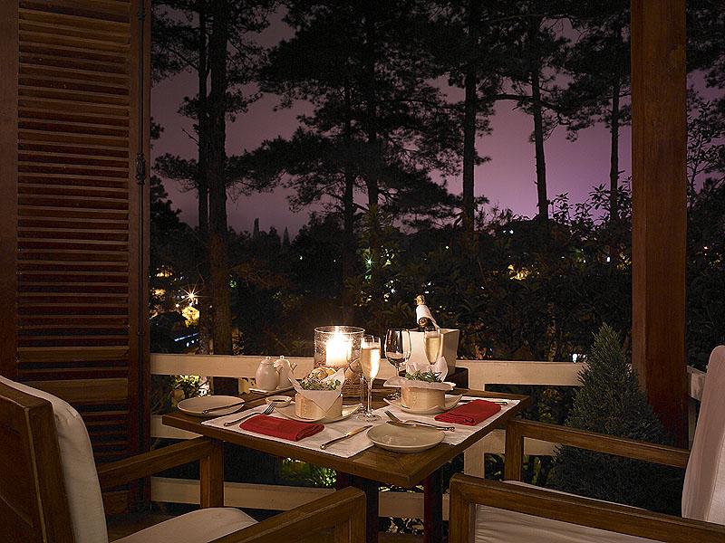 [Sugestão] Área para marcar encontros de colecionadores e promovê-los Romantic_Dinner