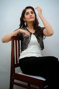 Surabhi new glamorous photos-thumbnail-15