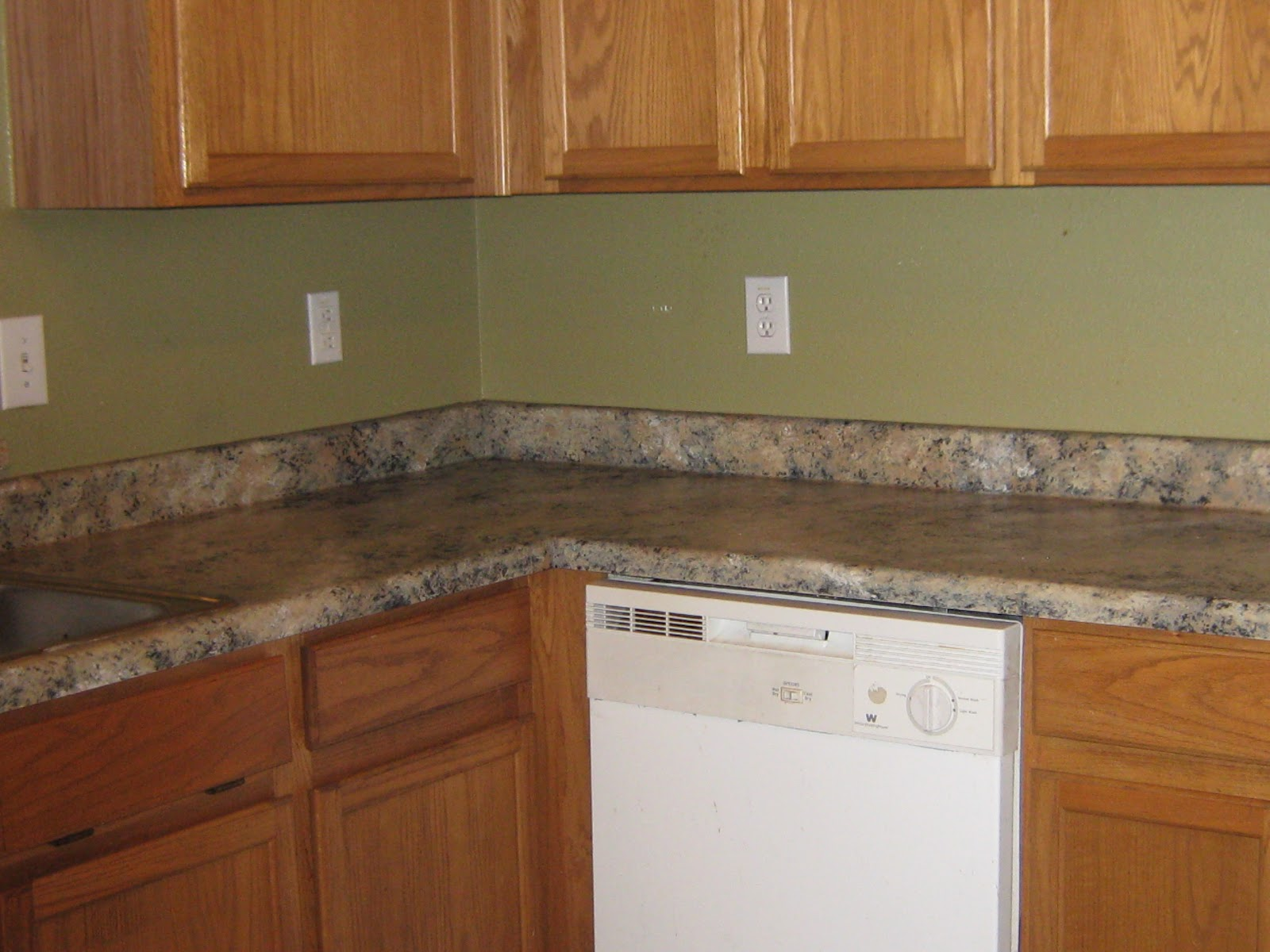 ... DECORATIVE ARTISAN: PAINTING FORMICA TO LOOK LIKE GRANITE (Part II