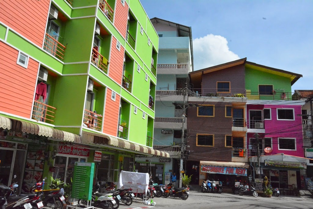 Phuket General color houses