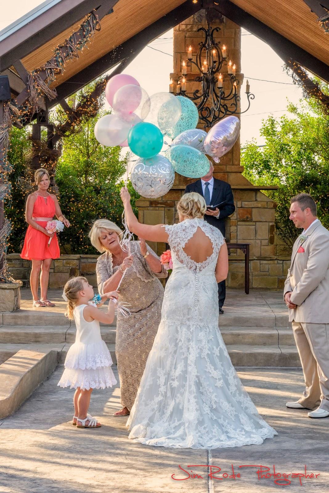 balloon release at Ruthe Jackson Center in memorandum of love ones
