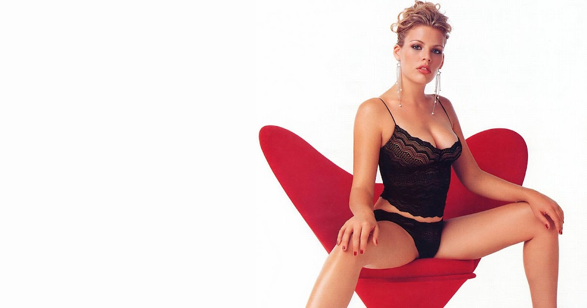 World Amazing Wallpapers | Hot Actress Wallpapers: Hot Busy Philipps's ... Actress