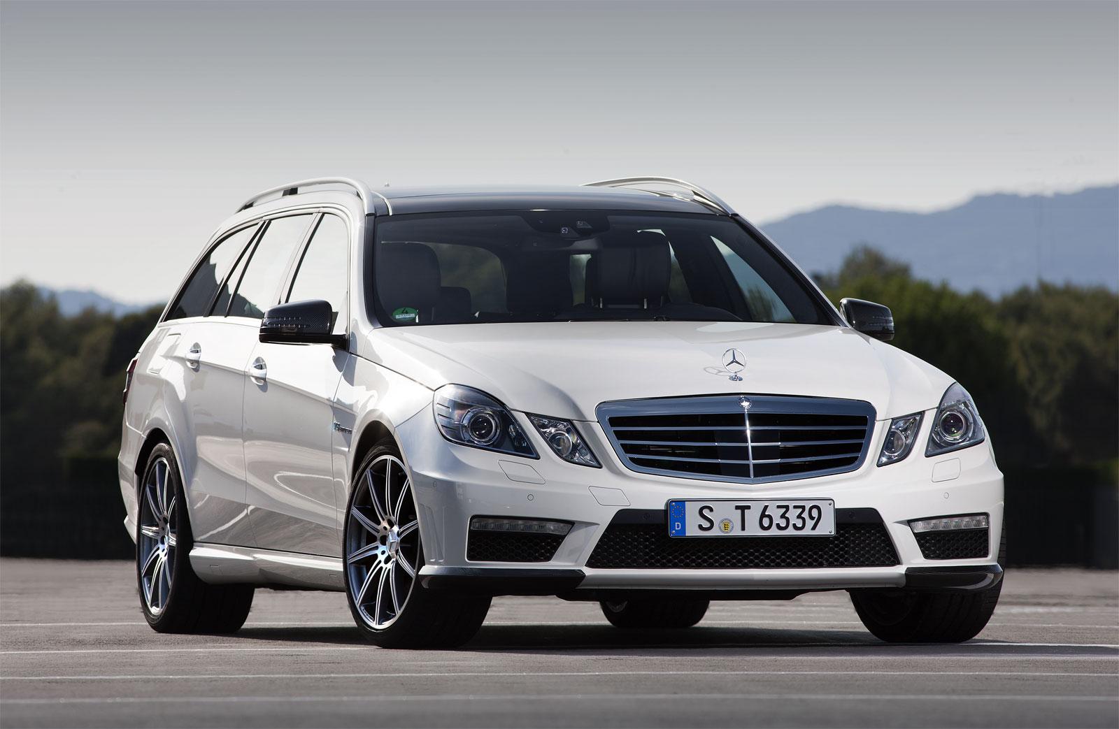 http://3.bp.blogspot.com/-_LmOUic5SSU/T_fcDpfft9I/AAAAAAAAEO8/fikeqyfvZhE/s1600/Mercedes-Benz+E63+AMG+Wagon+Hd+Wallpapers+2012_.jpg