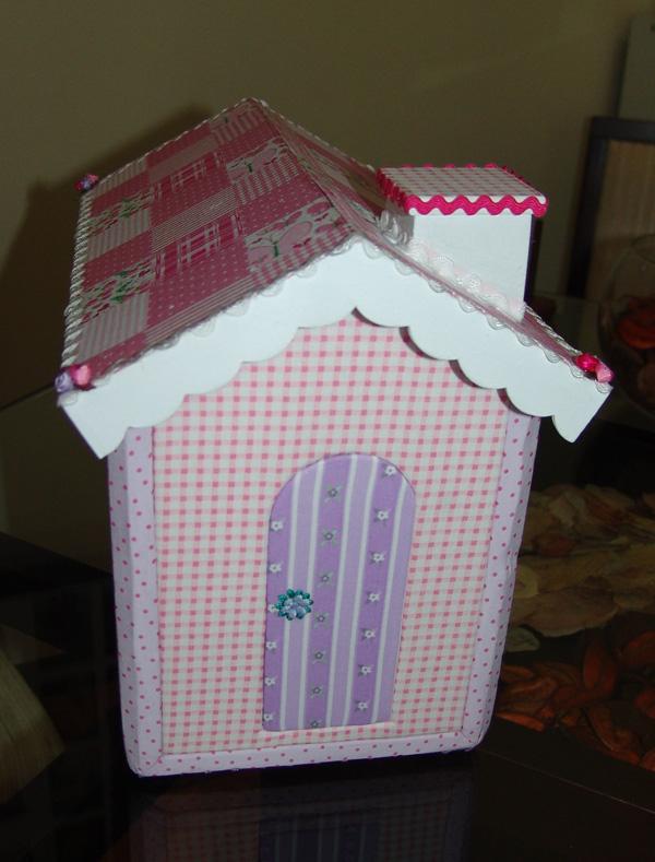 Patchwork embutido casa para guardar rem dios do beb - Casas de patchwork ...