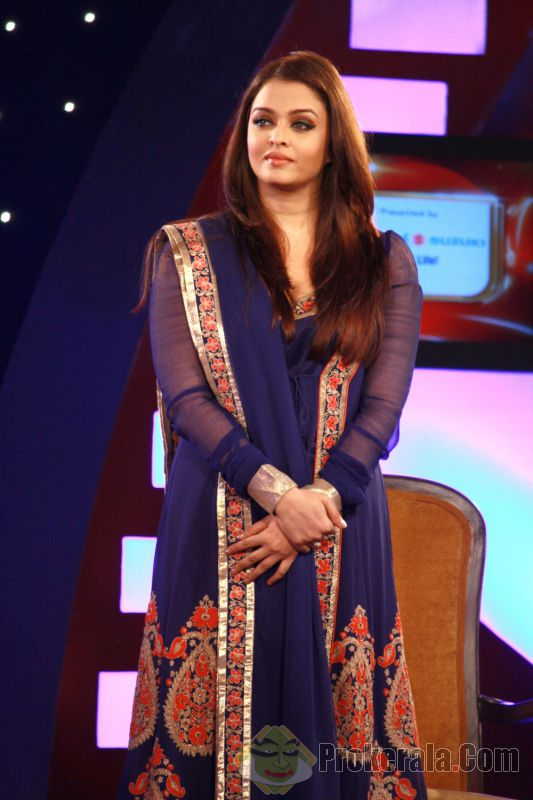 aishwarya rai in blue anarkali dress, Blue Bollywood Anarkali Replica