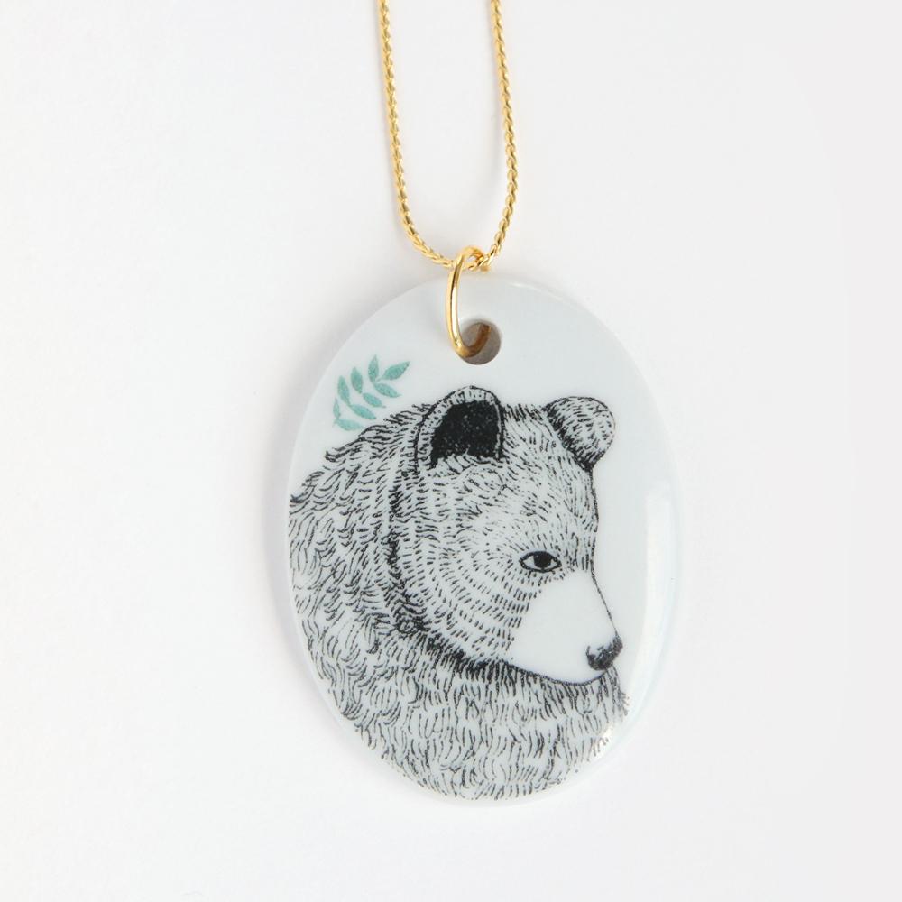 http://ladydesidiashop.bigcartel.com/product/colgante-oso