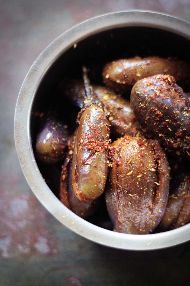 Baby Eggplant with Tamarind & Black Pepper 5 | Indian Recipes