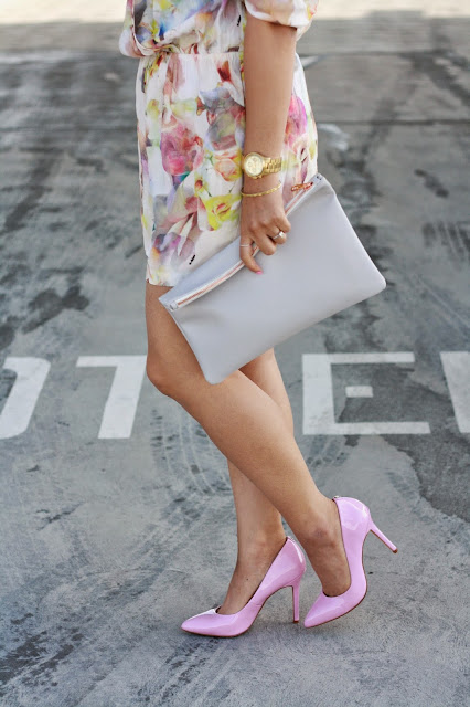 simplyxclassic, floral romper, romper, nordstrom romper, pink pumps, pink heels, grey clutch, oc blogger, fashion blogger, style blogger, mommy blogger, mom style, orange county, california