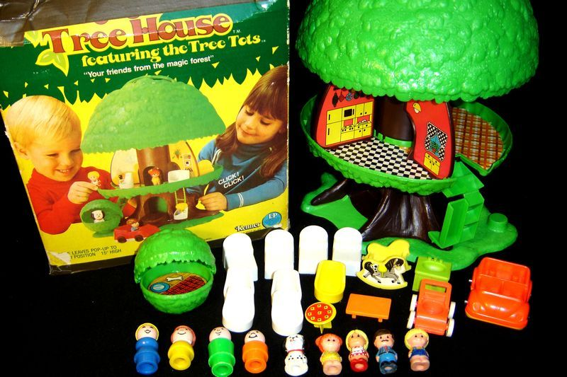 A Lot of Goodness: Wish List: Little People Tree House Toy