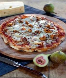 Jarlsberg Grilled Fig Pizza