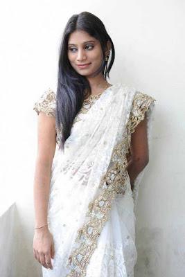 midhuna in saree hot images