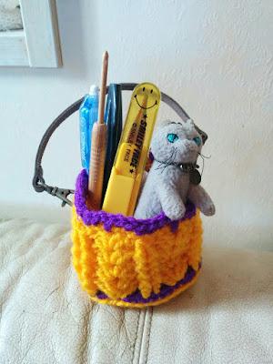 カギ針で編むハロウィンバッグ