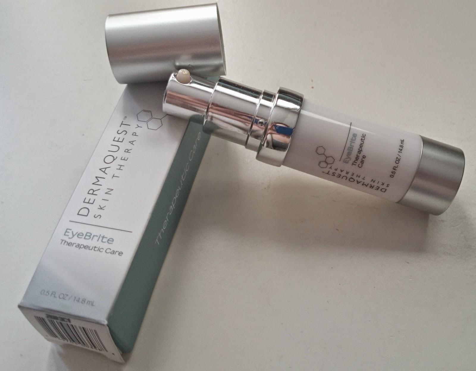 Dermaquest Skin Therapy - worki i cienie na tapecie