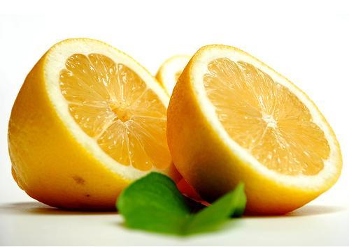 Como se quitan las estrias el limon y las estrias - Como se quitan las manchas de aceite ...