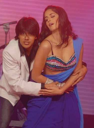 Aashiq banaya aapne topless version - 1 2
