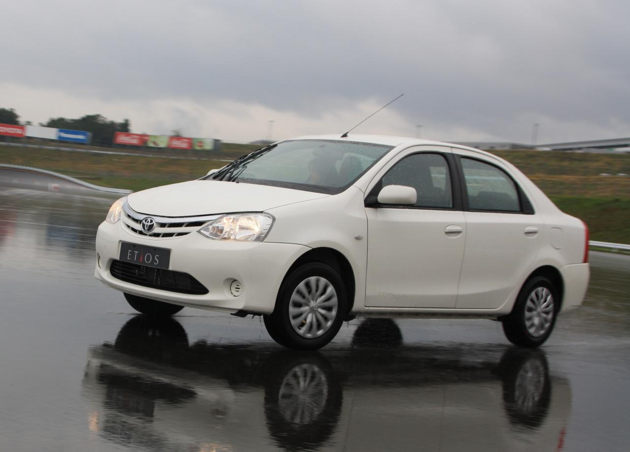 Toyota Etios Mbk Auto Reviews