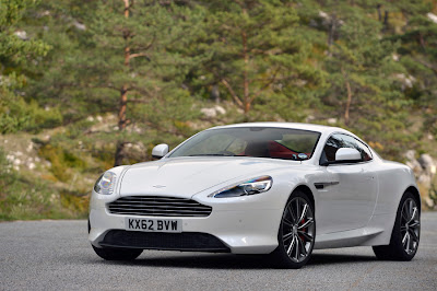 Aston Martin DB9 Car Pictures