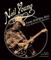 Neil Young: LongMayYou - Eine Biographie in Bildern