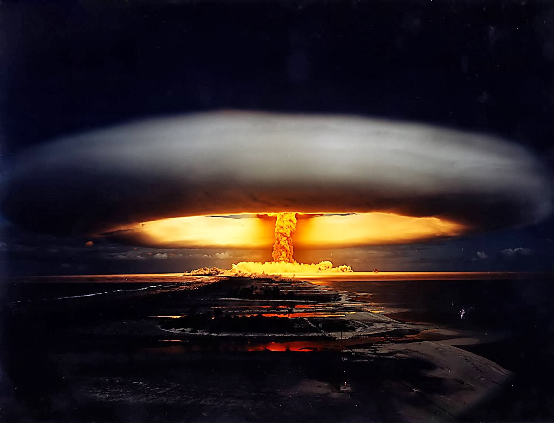 Взрыв атомной бомбы, ядерный гриб, грибовидное облако атомного взрыва, термоядерный, водородной бомбы, граунд зеро
