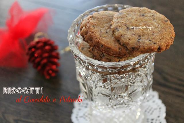 Q.b.-Quanto Basta: Biscotti al cioccolato e pistacchi