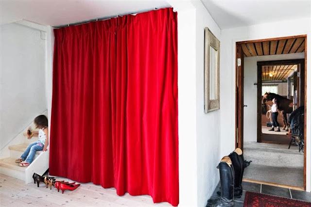 Retro y con encanto sin puertas for Cortinas de madera para puertas