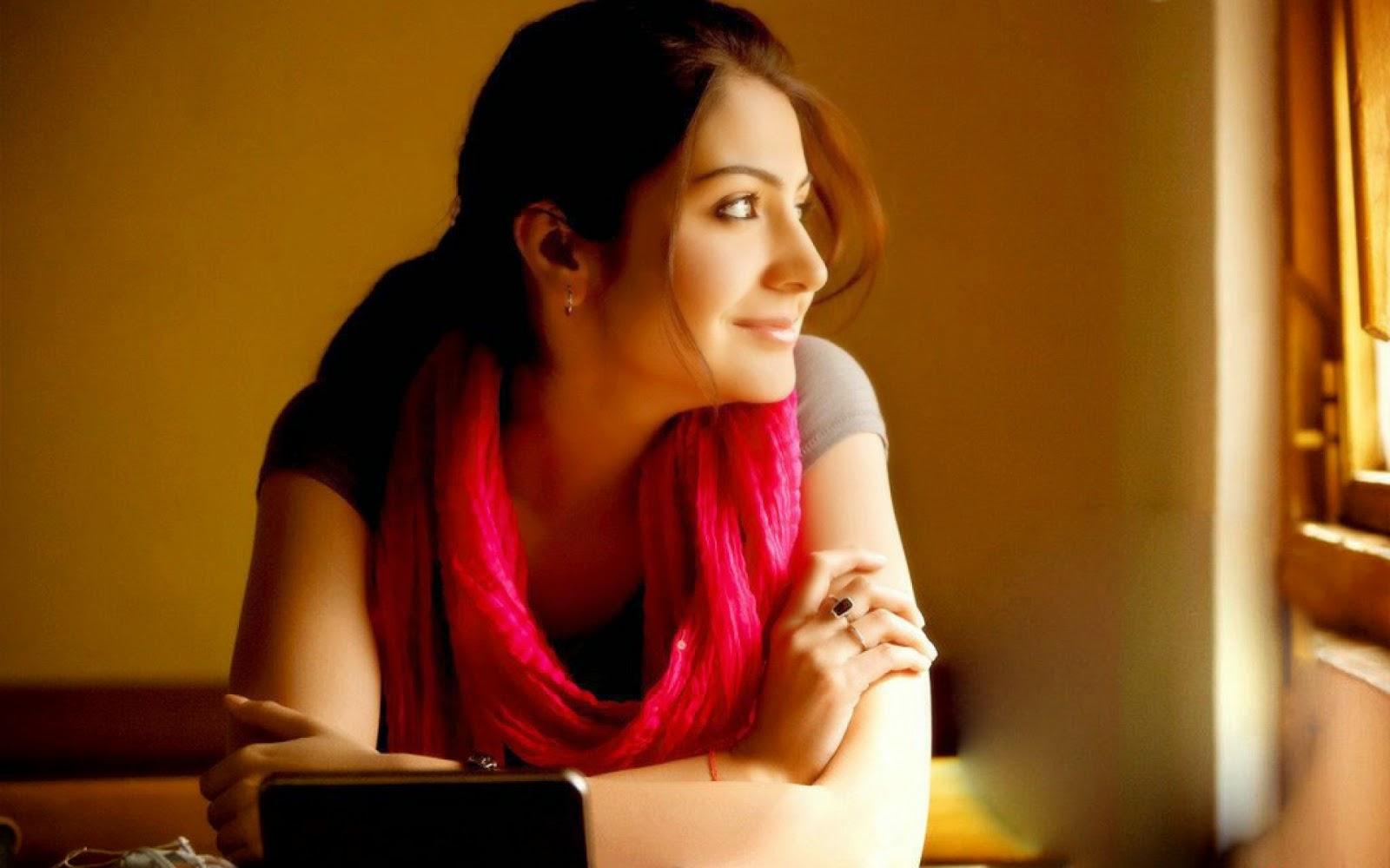 Anushka Sharma Beautiful HD Wallpaper Free