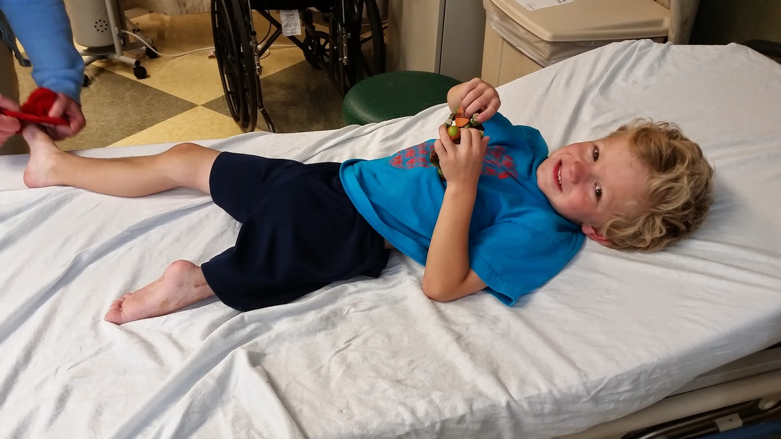 super hero henry cast removal day august 21 2014