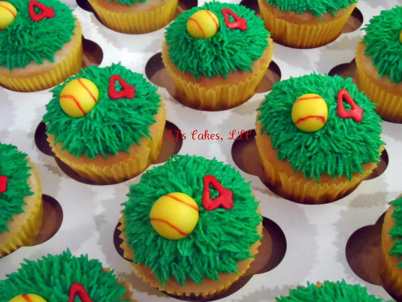 How to Decorate Cupcakes As Softballs