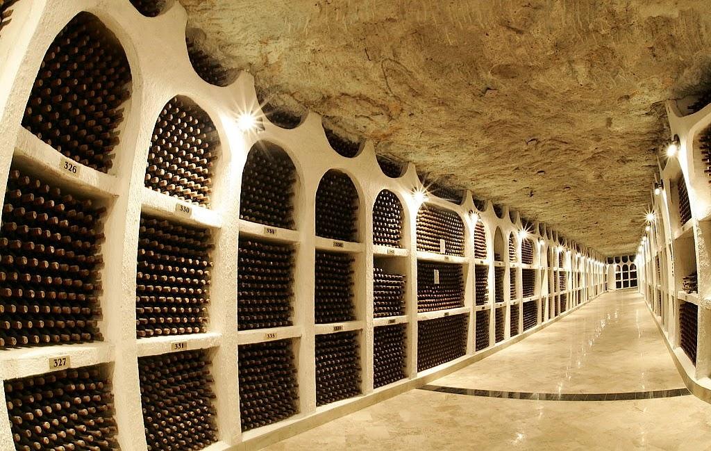 Largest Wine Cellar : Beautiful eastern europe cricova largest wine cellar in