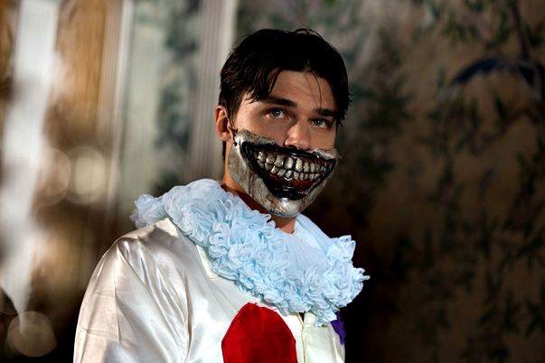 American Horror Story: Freak Show (4x04)