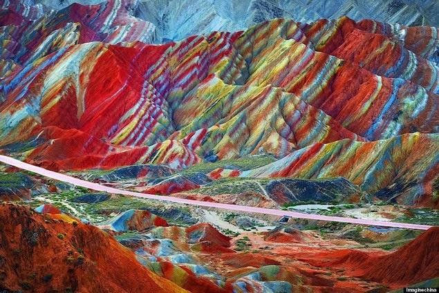 china's-rainbow-mountains-1