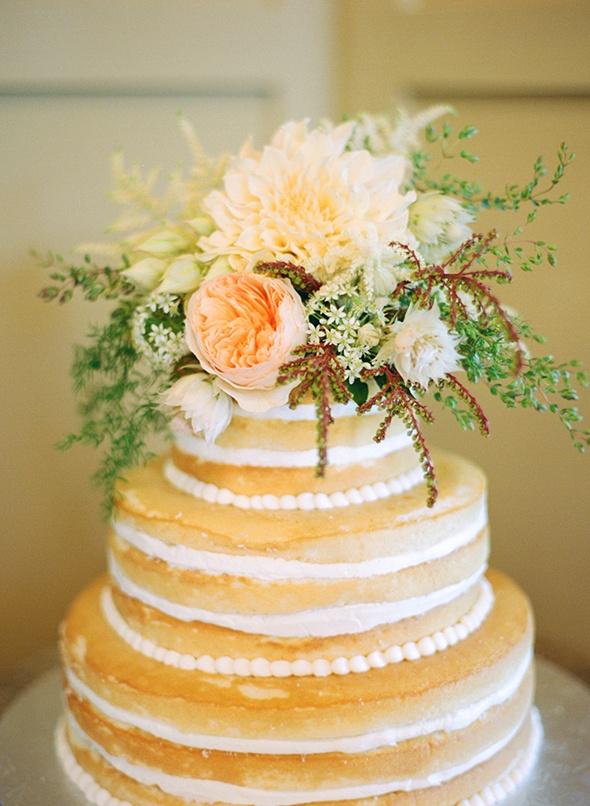 Wedding Trend I\'m Loving :: Unfrosted Cakes Louisiana Bride