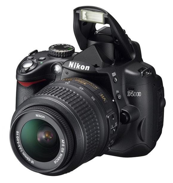 Kamera SLR Nikon D5000