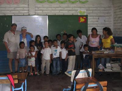 art Nicaragua Laguna de Apoyo