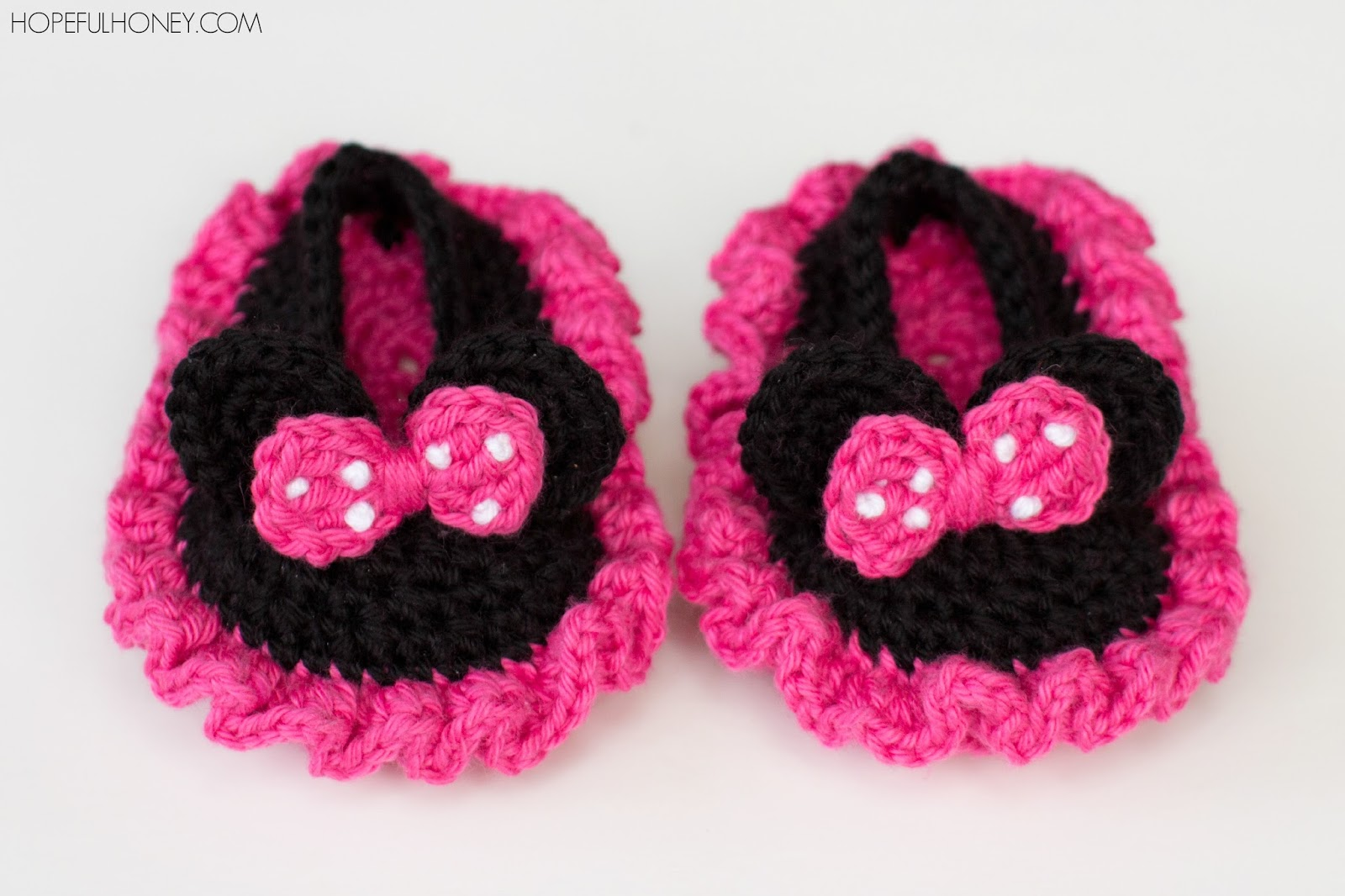 Minnie Mouse Crochet Baby Hat Pattern ~ Dancox for .