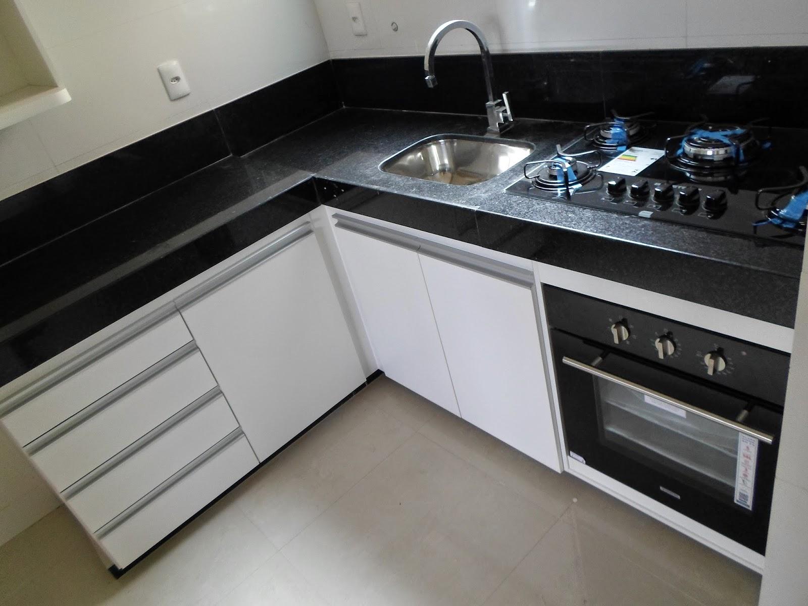 Wibamp Com Armario De Cozinha Planejado Preto E Branco Id Ias  ~ Armario Modulado Para Quarto E Quarto Vermelho E Branco