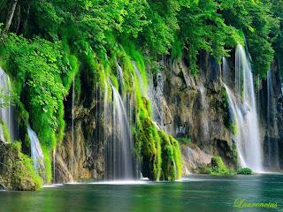 Foto-Danau-Indah-Plitvice-Lakes_10