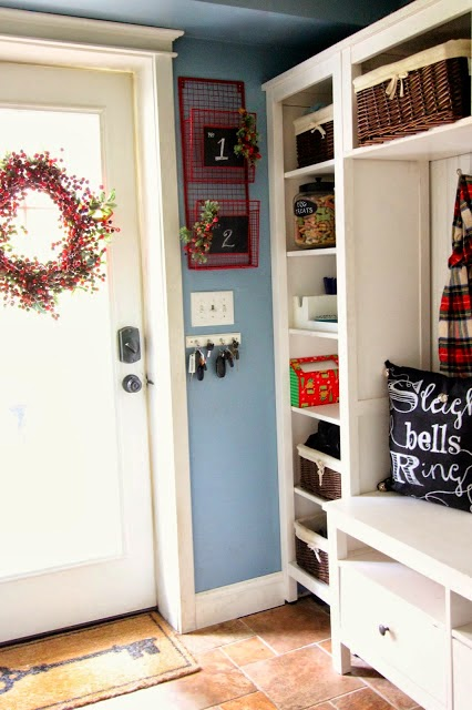DIY mudroom (Ikea hack) with Christmas decor-www.goldenboysandme.com