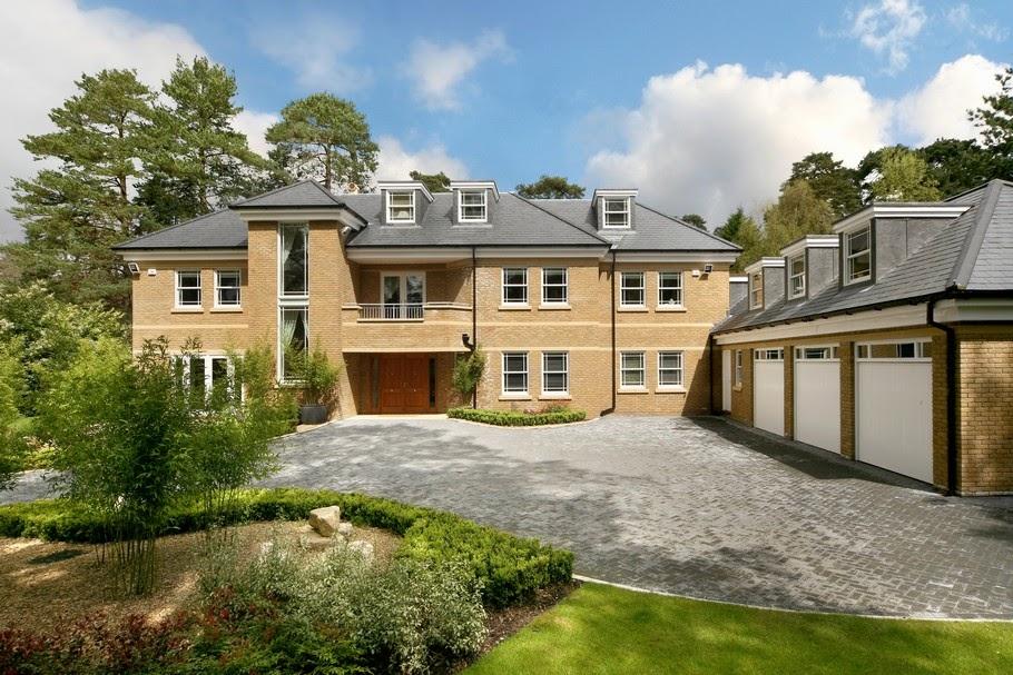 Top 5 Luxury Homes In Surrey