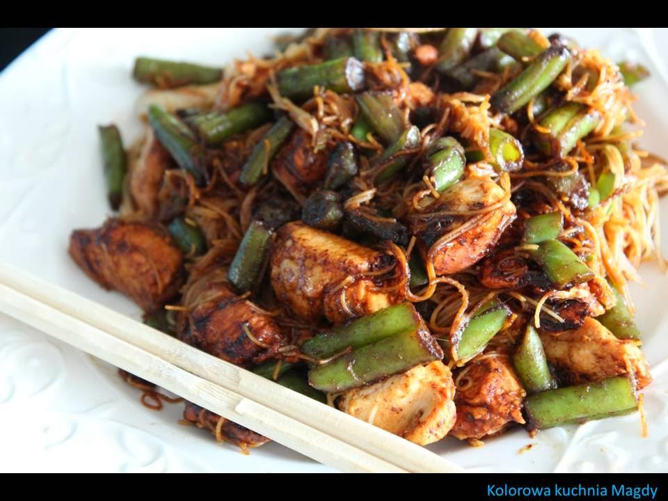 Kolorowa Kuchnia Magdy Kurczak Z Fasolką Szparagową Orientalnie